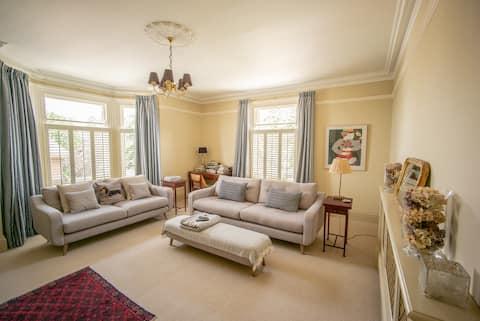 Quiet, luxury flat for 4 people.