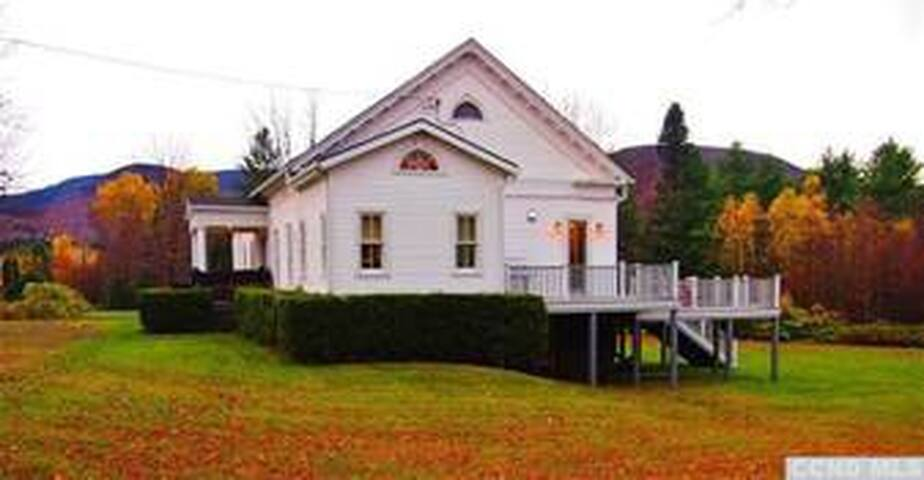 elka park chat sites Find and bid on residential real estate in elka park, ny search our database of elka park property auctions for free.