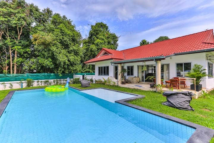 2 bedrooms pool villa in peaceful garden