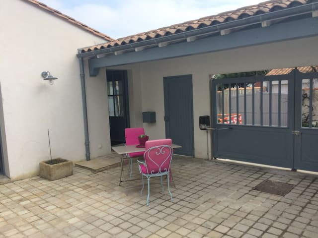 Studio indépendant proche de la plage - Rivedoux-Plage - Apartamento