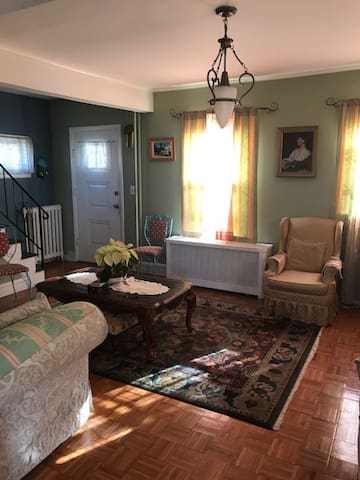 Cozy Room - Family House  in Teaneck,NJ