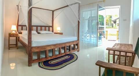 Nungwi Beach Studio A with AC priv bath breakfast