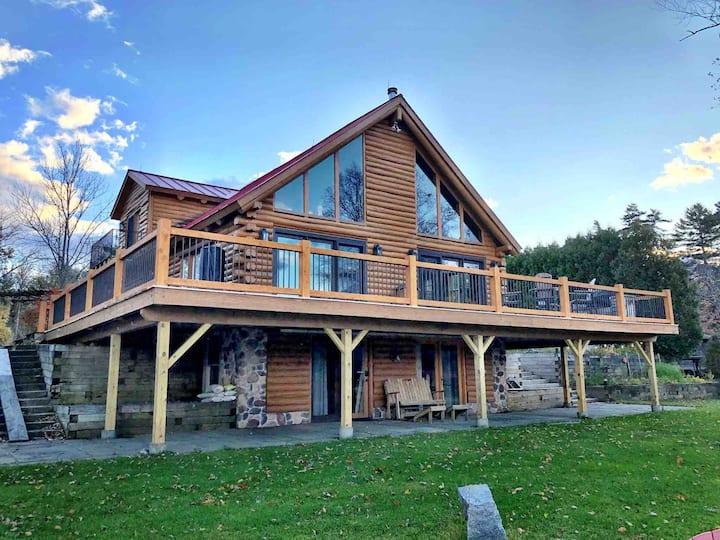 Kismet Cottage, Lake Front Get-A-Way