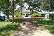 Have memorable photos taken at the gazebo in Memorial Park overlooking Beachwood Beach  .