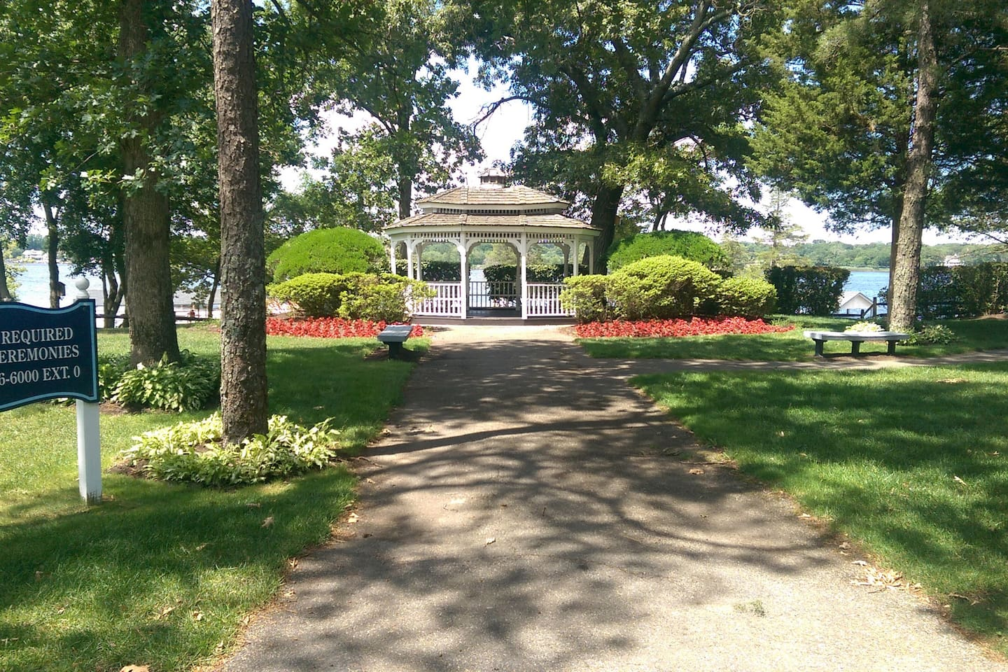 Have memorable photos taken at the gazebo in Memorial Park overlooking Beachwood Beach  .