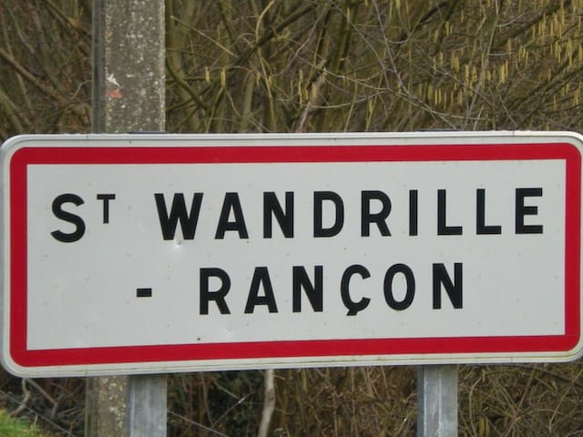 LE PRESBYTERE - Saint-Wandrille-Rançon