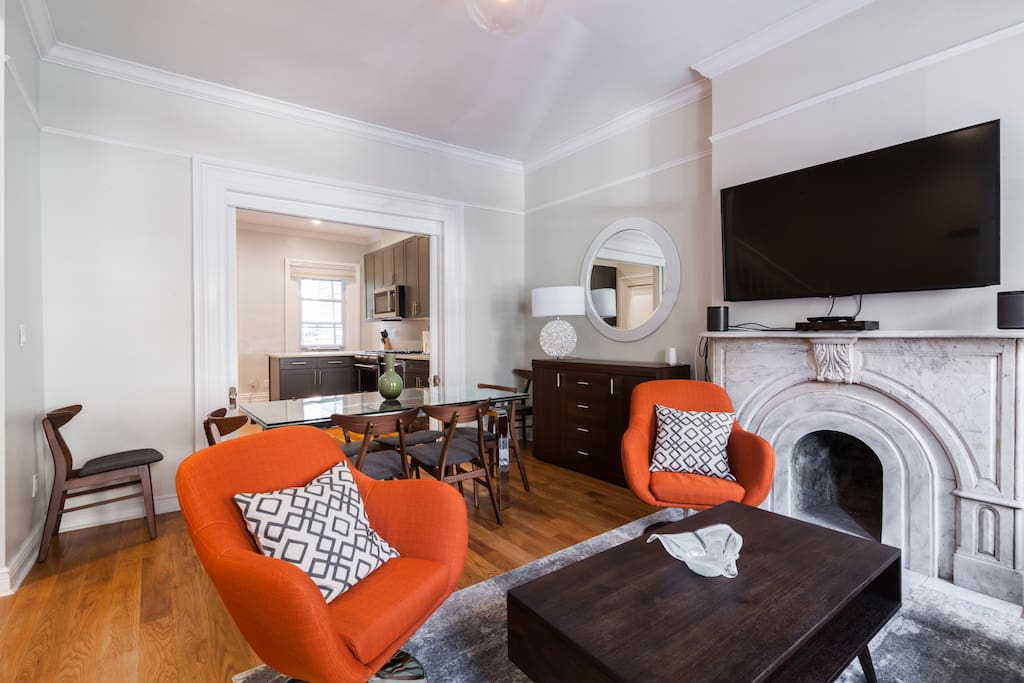 Living room - Parlor