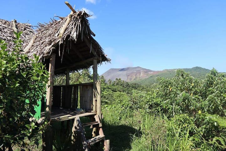 Tanna Fire View Homstay