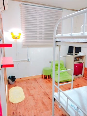 Naru hostel(twin room2) 中文, 日文,English ok!