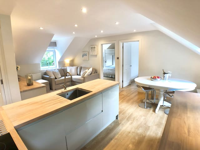 Beautiful Apartment on the Best Road in Sevenoaks