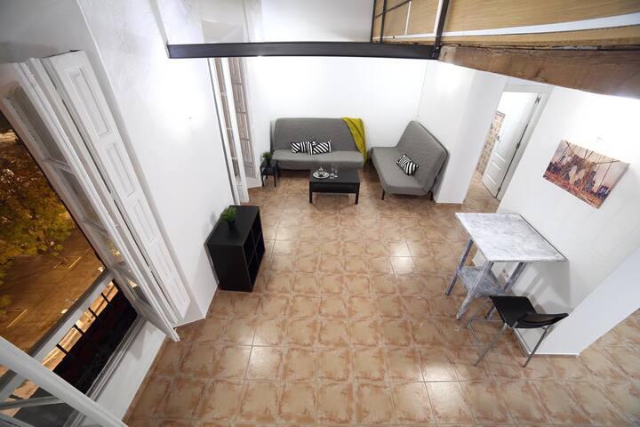 Habitación privada en piso con vistas en el Centro