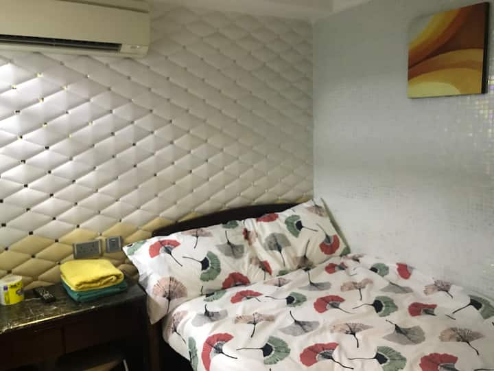 Mongkok MTR 2 min- New double bedroom w/private BR