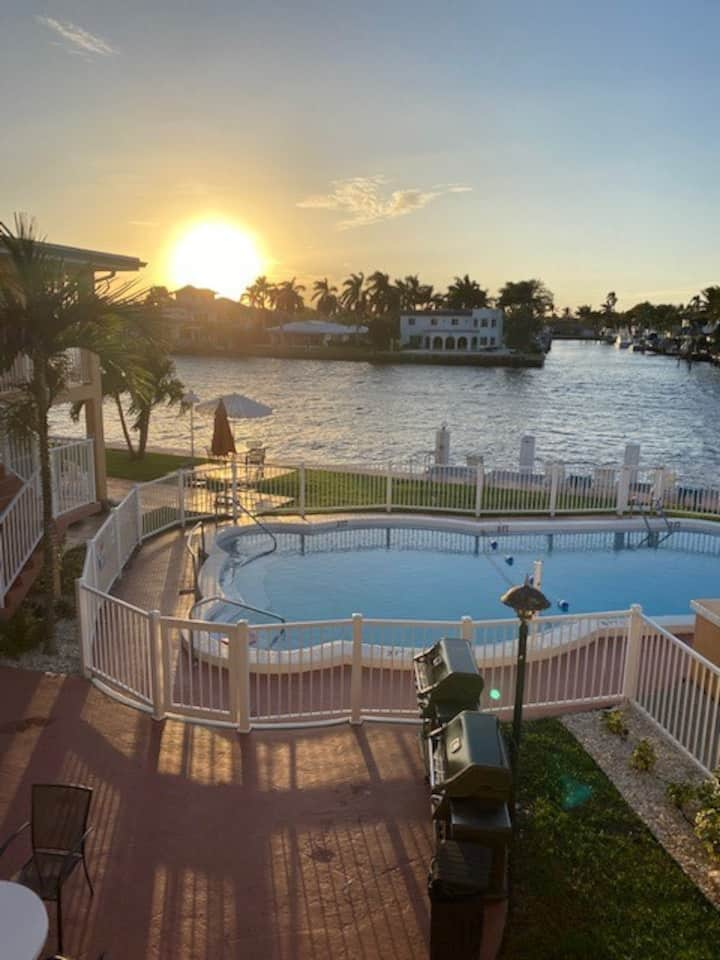 STUDIO ON THE INTRACOASTAL - 5 MIN FROM THE BEACH