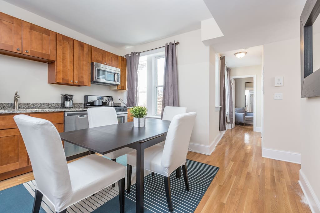 Spacious kitchen with a dining table!