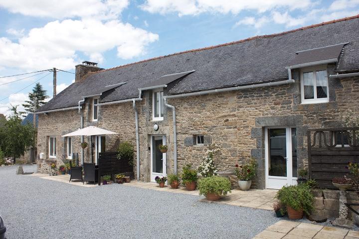 Mount Cottage - Charming 3 bedroom cottage