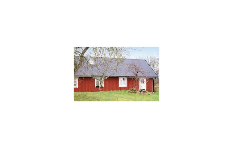 Holiday cottage with 2 bedrooms on 100m² in Båstad