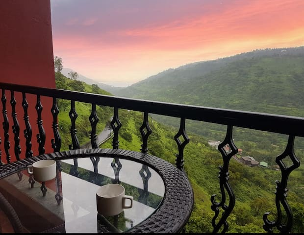 Valley view suite in panchgani