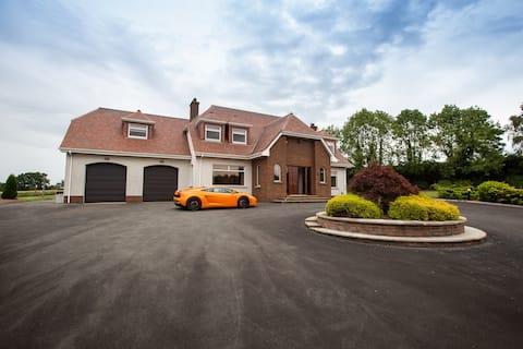 5* Luxury Manor and Spa,20min belfast city centre,