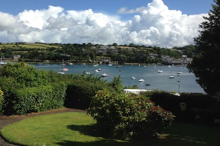 Luxury Apartment with stunning views - Falmouth