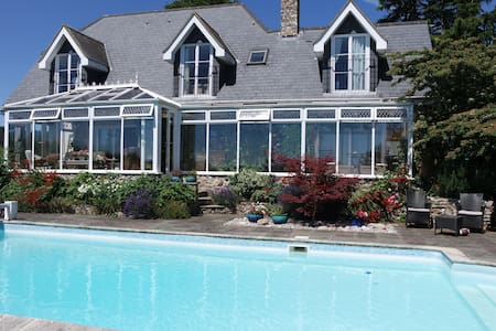 Watchcombe House Bed and Breakfast - Axminster