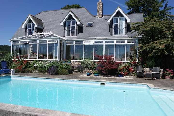 Watchcombe House Bed and Breakfast