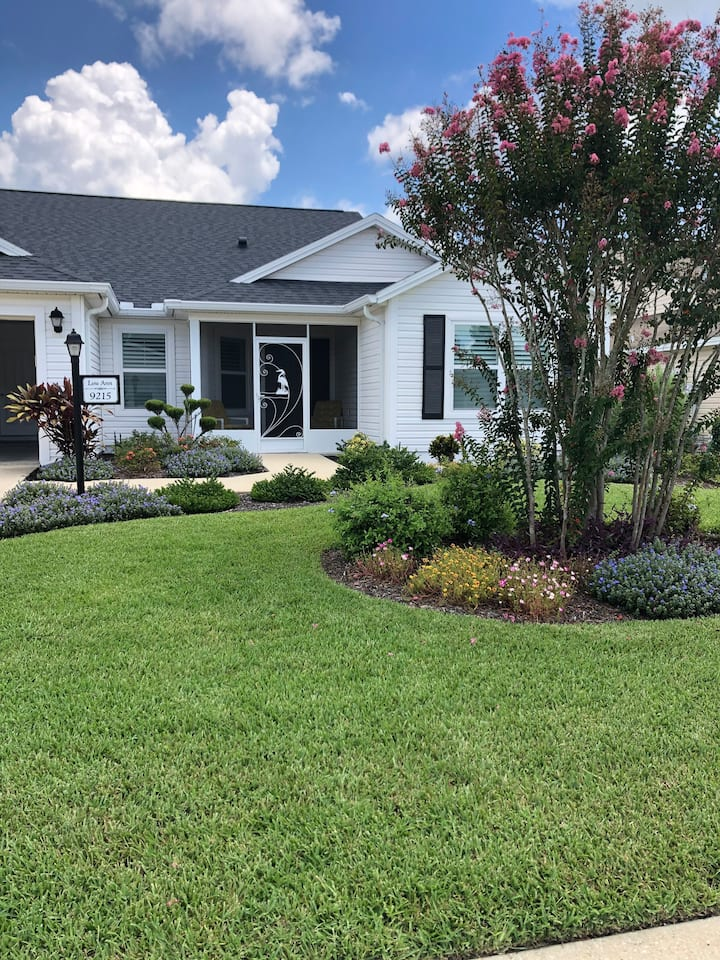 Beautiful 2BR/2BA located in The Villages, Fl