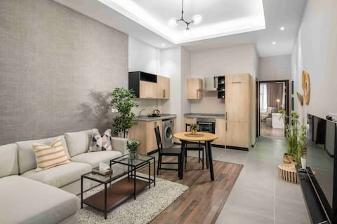 Mabaat Homes - Edsas Tower 1BR Luxury Apartment