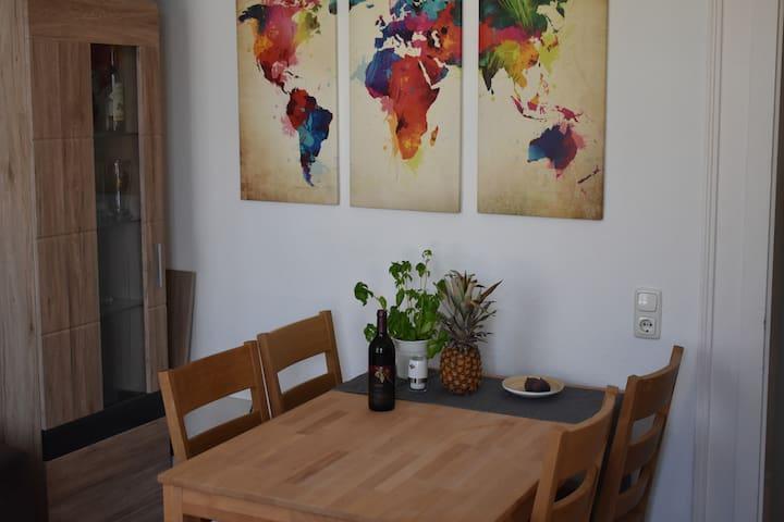Renovierte, gemütliche Wohnung im Zentrum :)