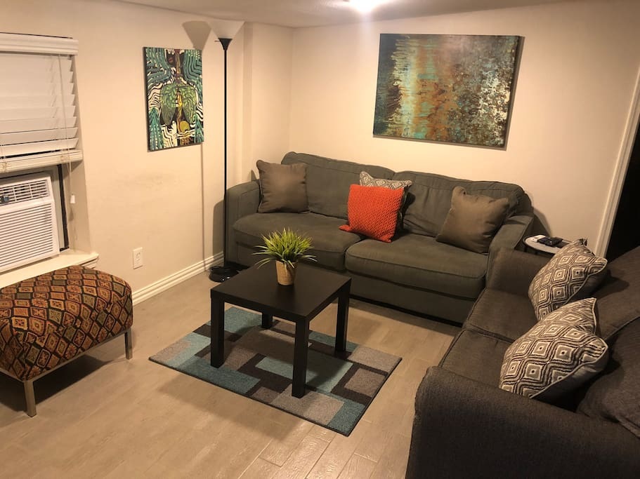 Same living room (different decor)