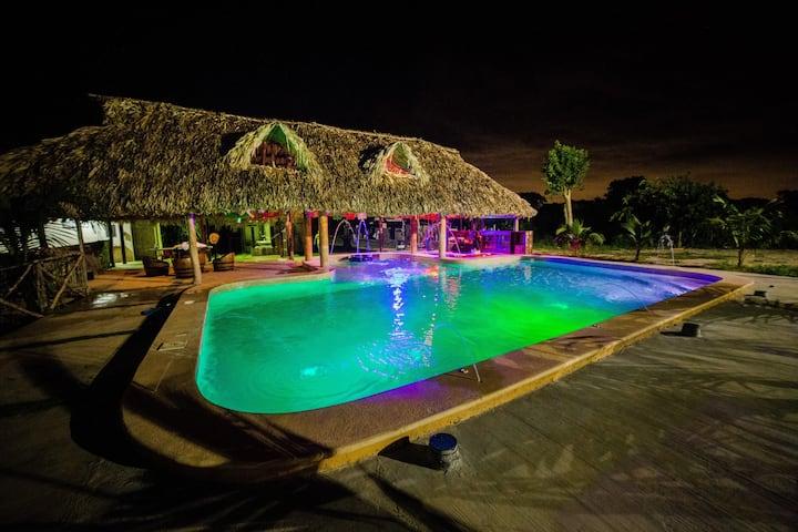 Casa de hacienda con piscina, Wifi y clima
