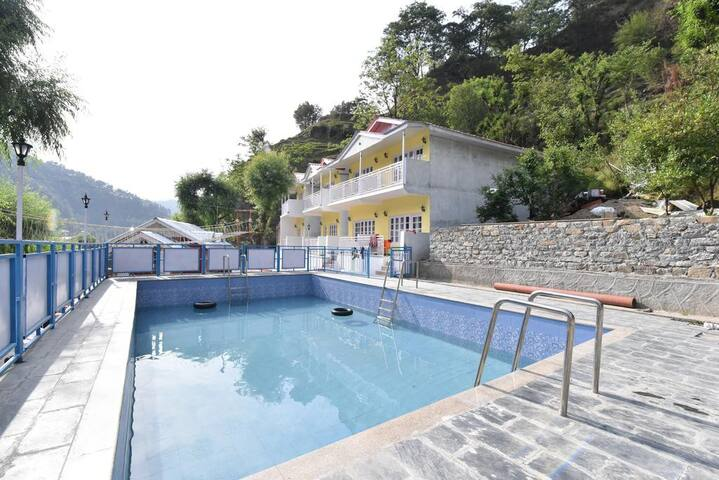 Hotel Rock Villa with Swimming Pool