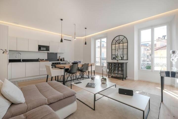 Bel appartement rénové dans maison bourgeoise