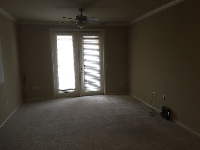 Living room for rent