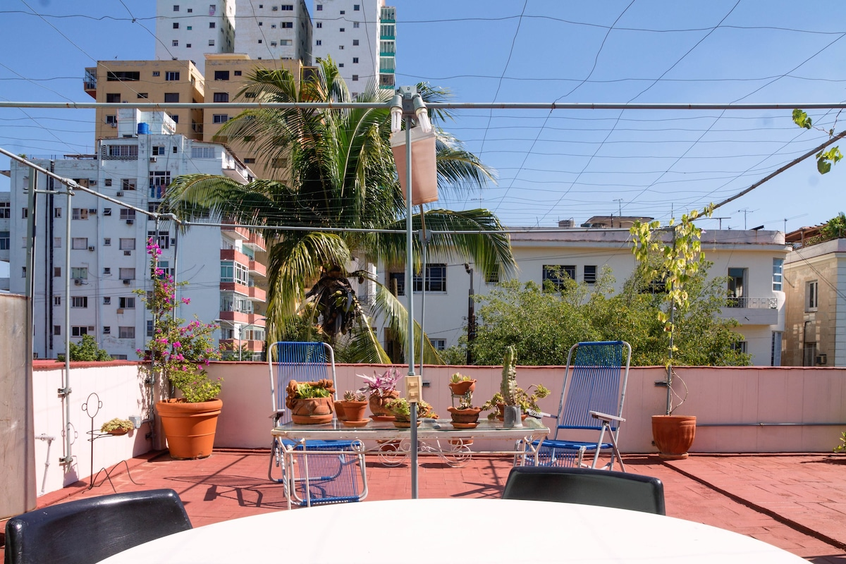 100% Private Apt. \u0026 large rooftop! - Apartments for Rent in La ...