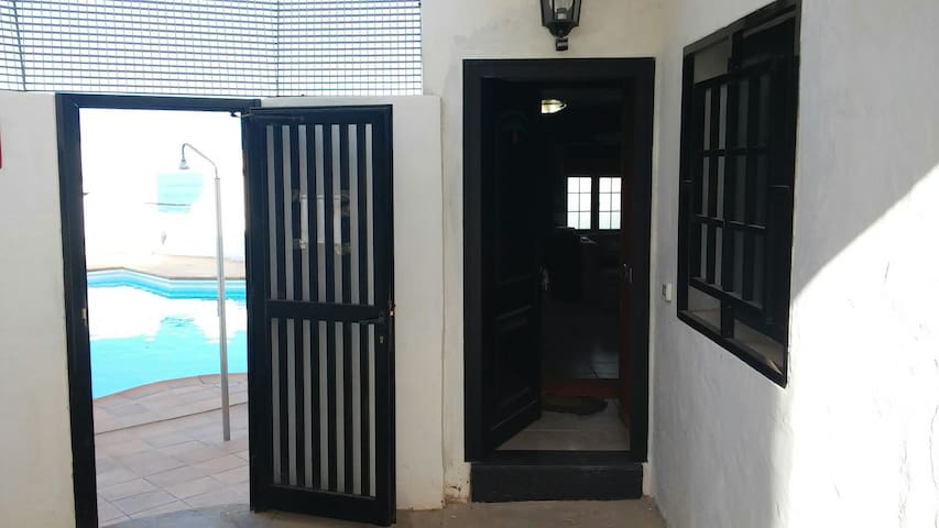 Luxury apartment with pool with all amenities... - Sardina - Byt