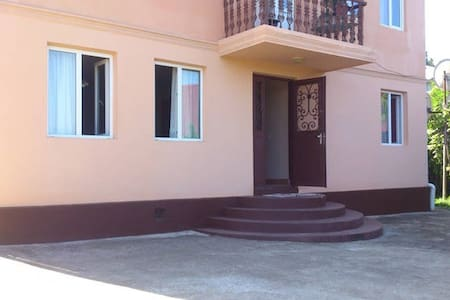 Comfortable Room By The Sea And Train Station - Batumi - House