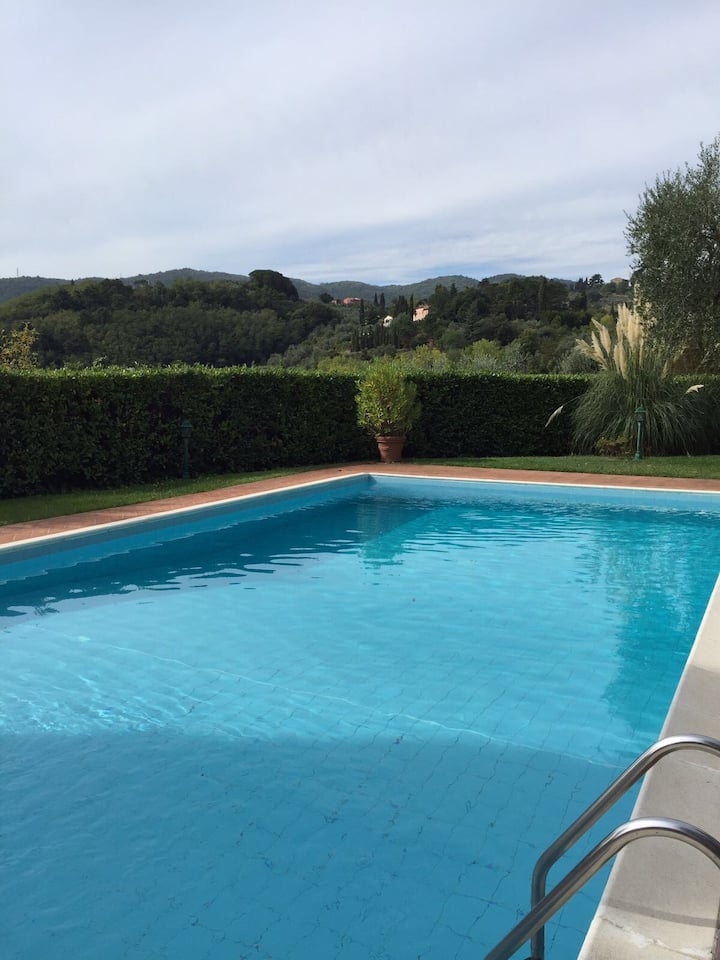 Villa Il Pozzo - Scenic Retreat in Tuscany