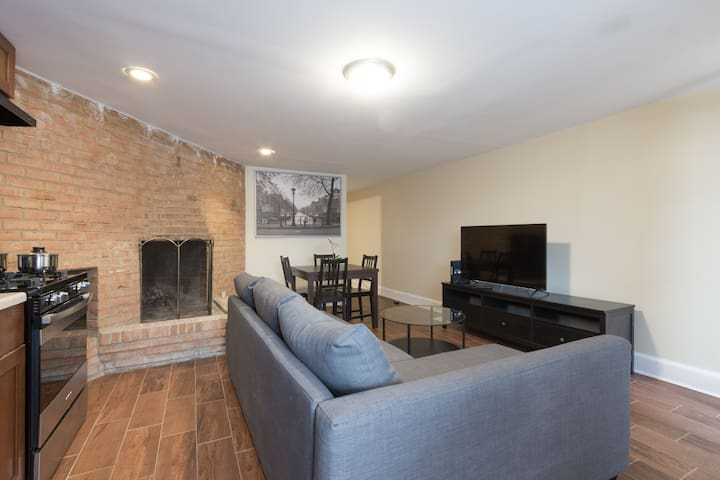 Spacious Newly Renovated 3 Bedroom Apartment! - Washington - Appartement