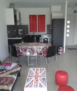 Mini-villa LONDON - San-Nicolao - วิลล่า