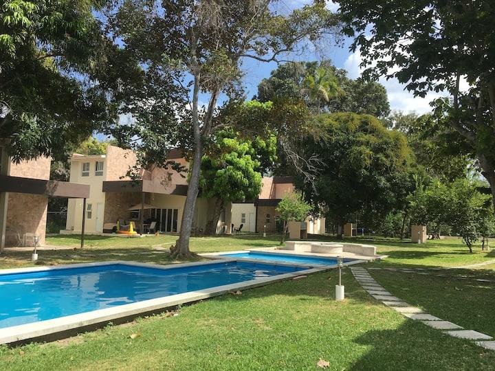 Beautiful Villa, Refugio del Valle