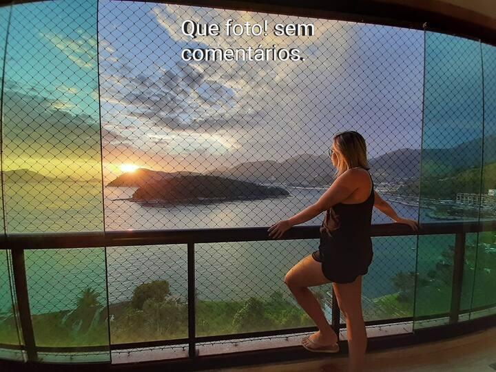 Ap com varandão no (Porto real resort)  c/2 suites