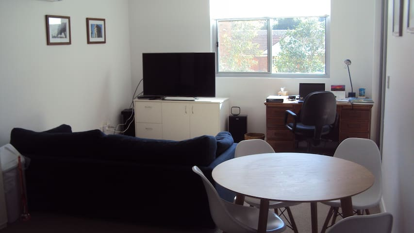 New apartment; Close to shops, restaurants - Saint Ives - Apartamento