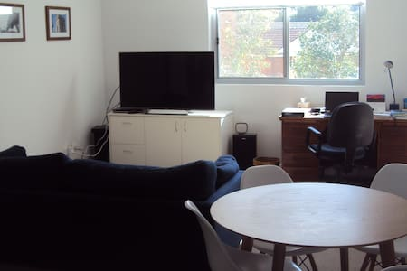 New apartment; Close to shops, restaurants - 圣艾夫斯(Saint Ives) - 公寓