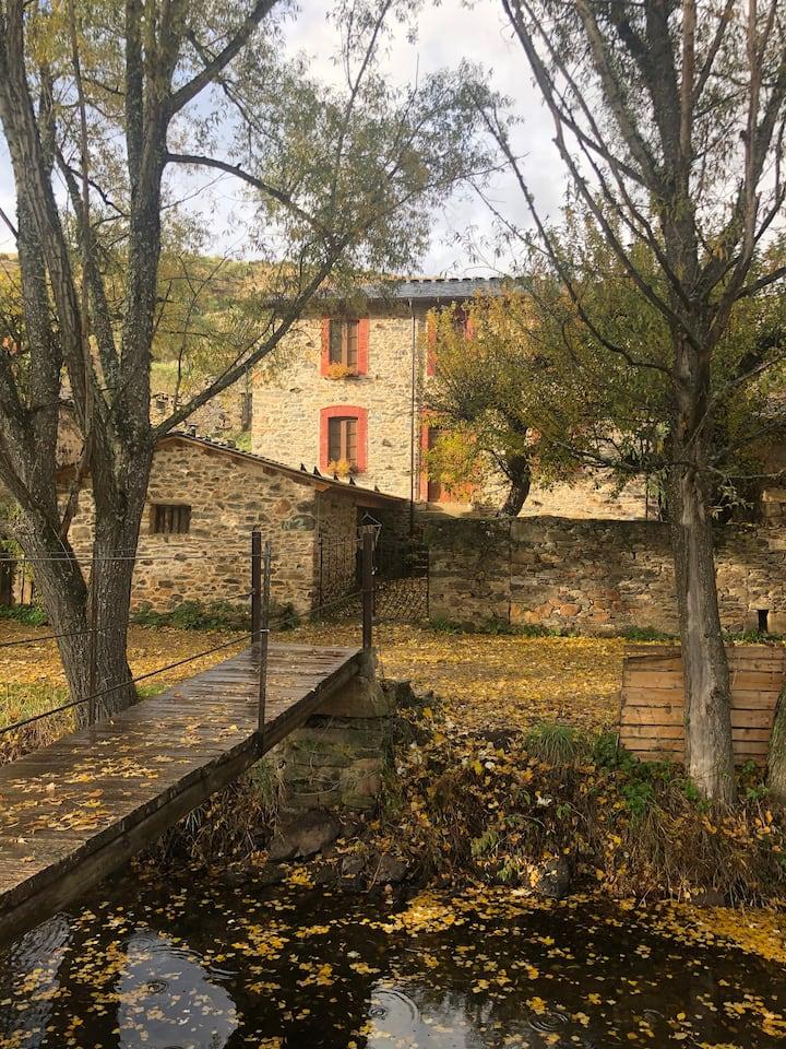 Casa Rural con encanto en la Velilla, Omaña (León)