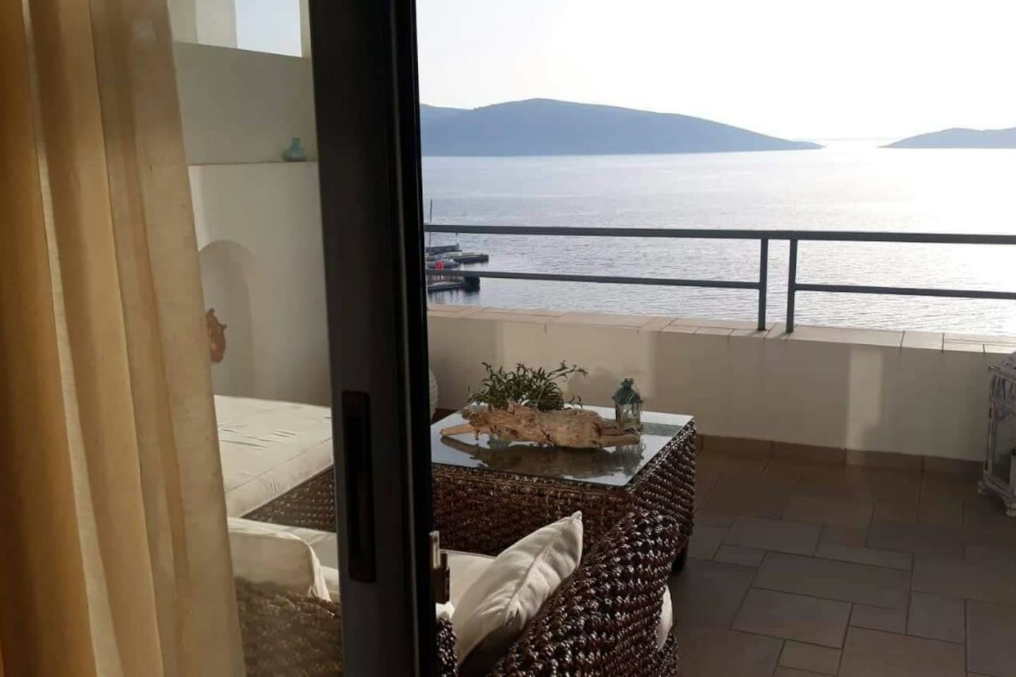Kastro Hotel Balcony to Aegean Sea