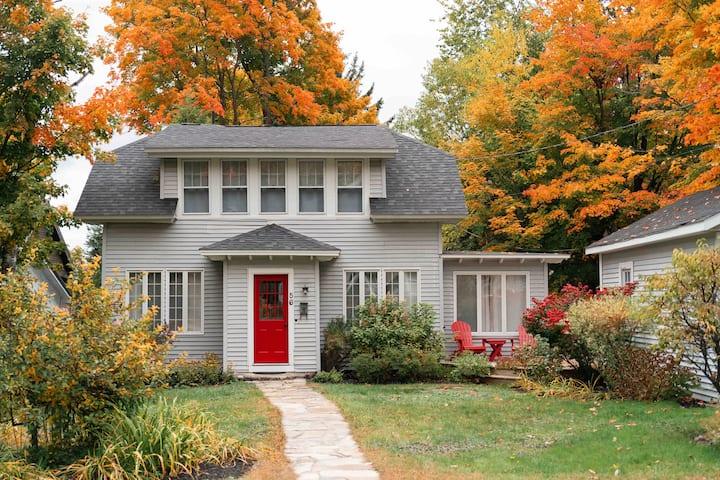 Hillcrest Cottage