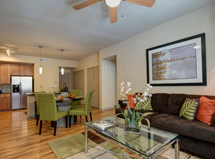 Everything you need | 2BR in Pearland