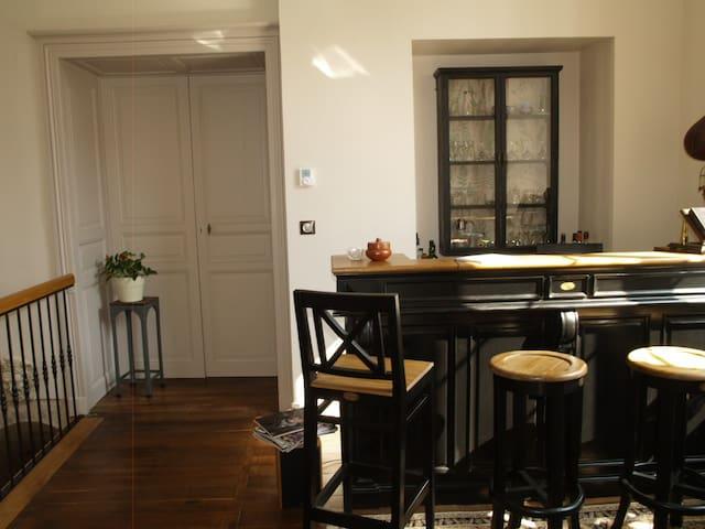 chambre particuliere - Couhé - Дом