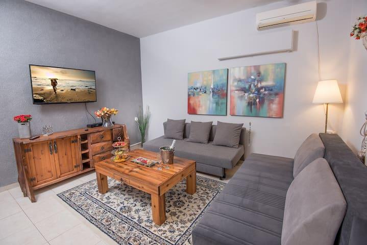 PALM ON THE BEACH-YAEL vila 2 bedrooms