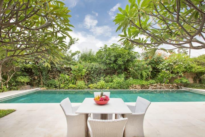 Seminyak Peaceful Private Villa   Elevate